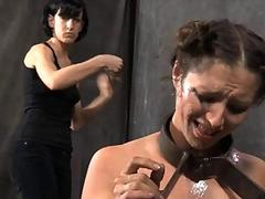 Master is tormenting babes cunt