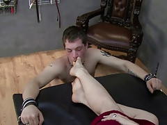 Foot licker kicked in along to face
