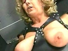 Master is spanking older slave with reference to big pair beyond her nuisance and