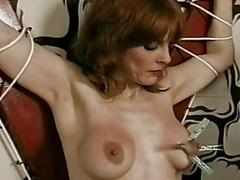Wet after a long time clapping her pussy