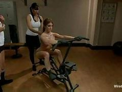 Bdsm isis love sinn sage and amy brooke make her sweat