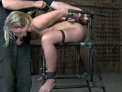 Intense Moments be required of a SlaveGirl (4on4) OtO