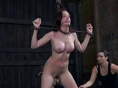 Time-wasting slut is playing her clits