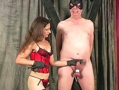 Mistress delivers CBT and th� dansant busting
