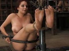 Rod torture be fitting of beautys cunt